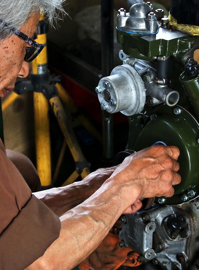 30年以上のキャリアを持つメカニックの高い技術力と知識