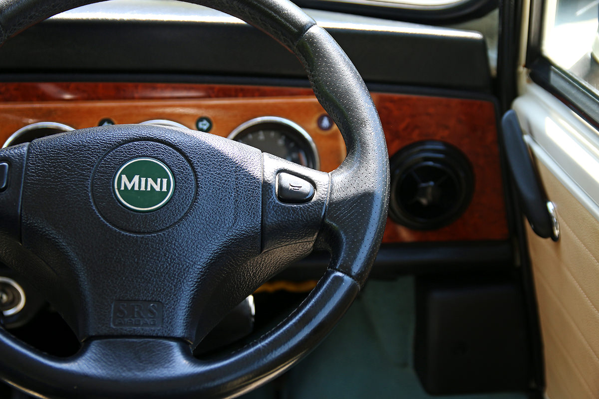ローバーミニ メイフェア MK-1スタイル