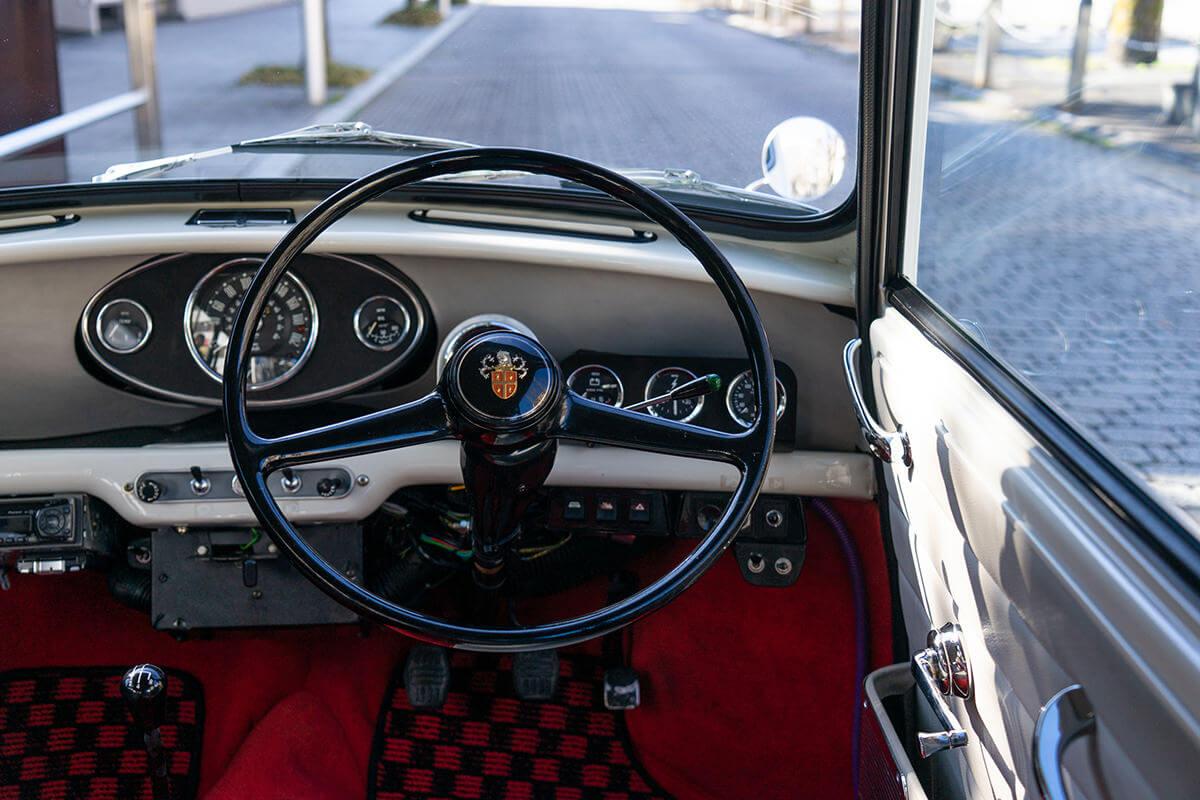 ローバーミニ キャブクーパー1.3 Mk1スタイル