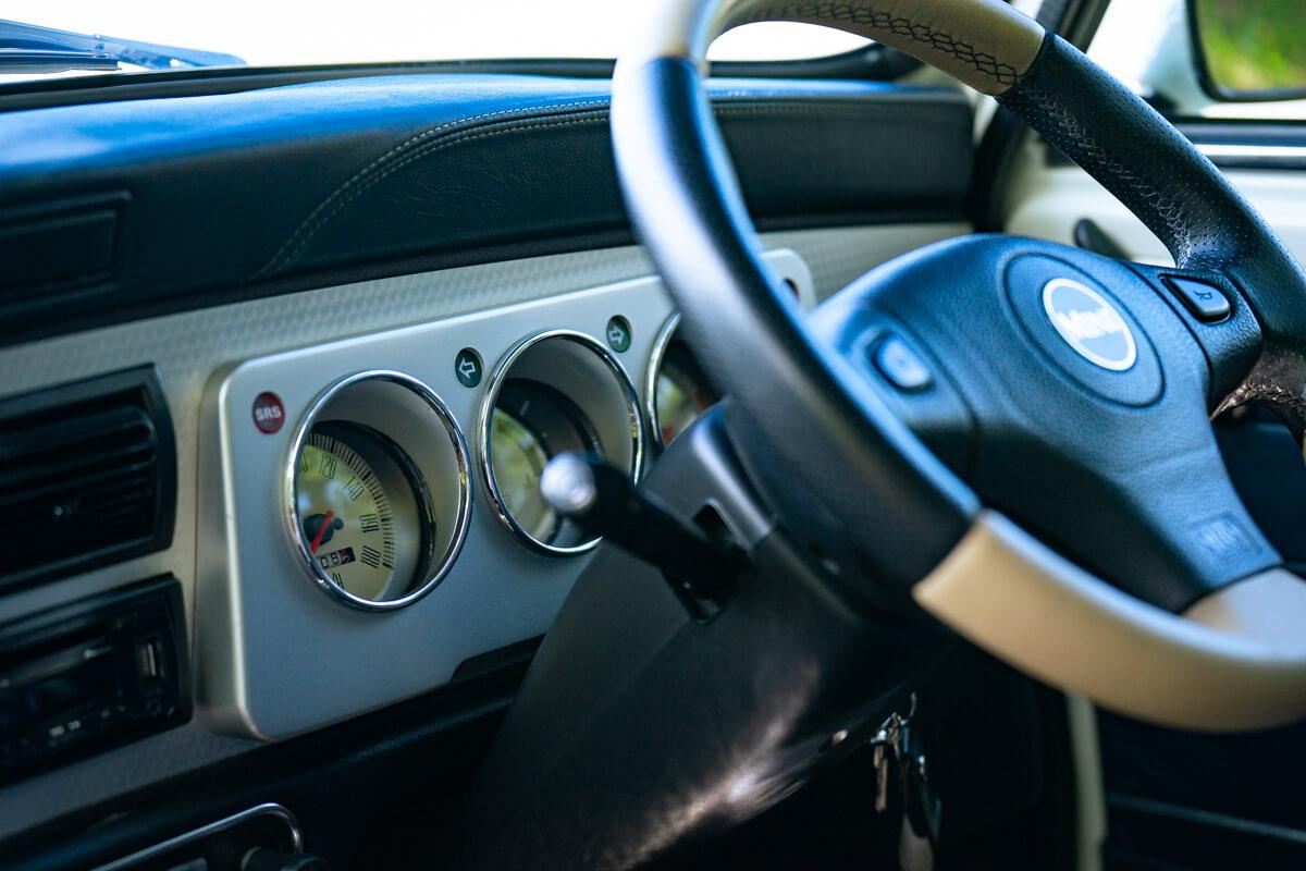 ローバーミニ 40thアニバーサリー AT オールド イングリッシュ ホワイト